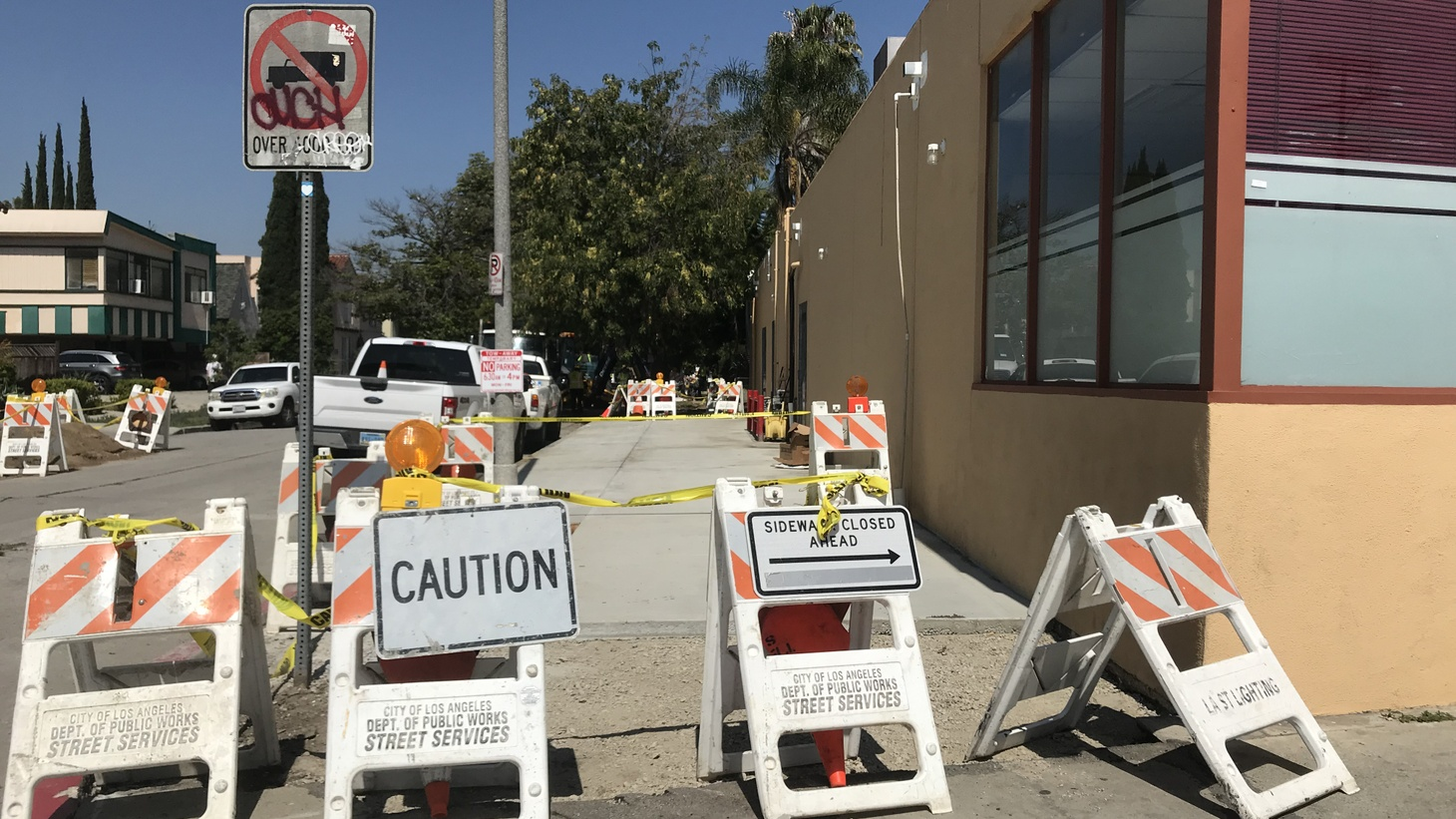 A new stretch of sidewalk in the Pico-Robertson neighborhood of LA. The project is one of hundreds that the city is hoping to fix in the coming years.