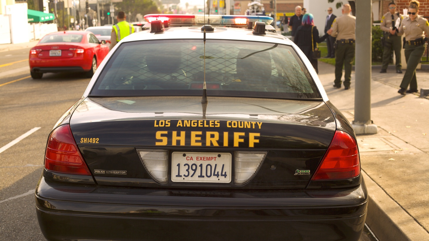 Los Angeles County Sheriff's police car.