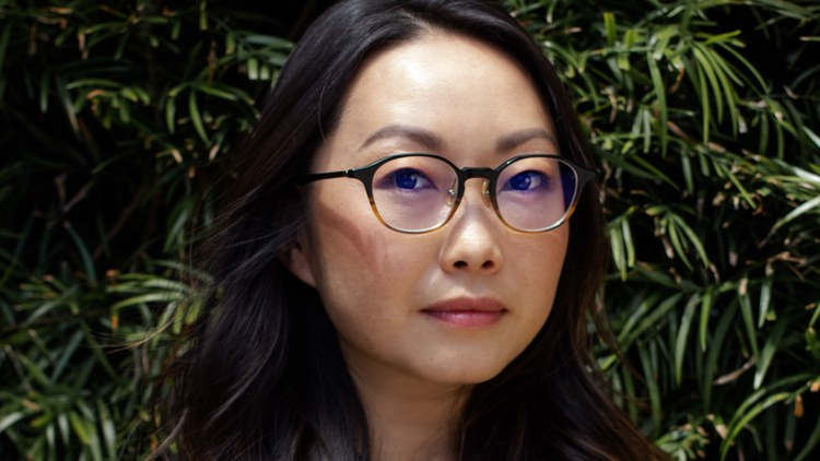"To help nurses and doctors in LA, Lulu Wang, the writer and director of the award-winning 2019 film ""The Farewell,"" is throwing her star power behind crowdsourcing protective…"