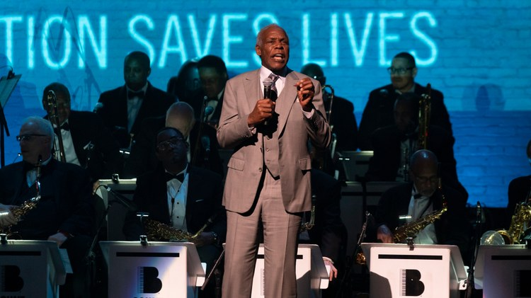 Actor and activist Danny Glover supports CA measure looking to 'save the performing arts'
