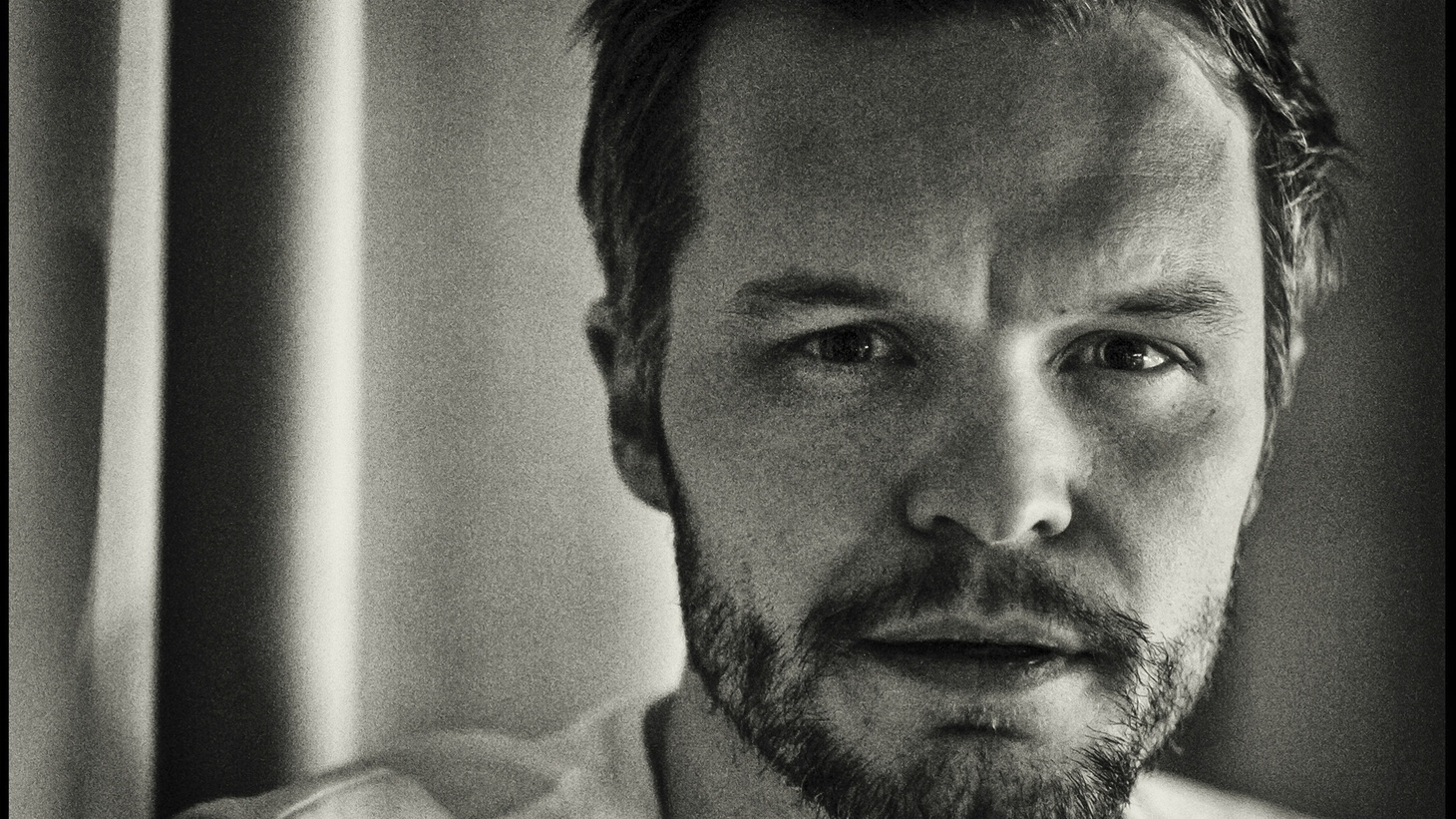 A Swedish folk singer with a voice that hearkens back to Bob Dylan's heyday will perform at UCSB's Campbell Hall this week. Kristian Matsson is better known by his stage name -- the Tallest Man on Earth.
