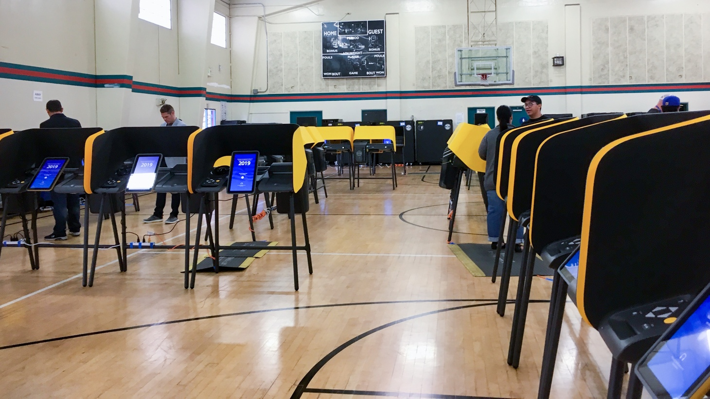 A voting center at Salazar Park in East Los Angeles during the LA County mock election on September 28, 2019.