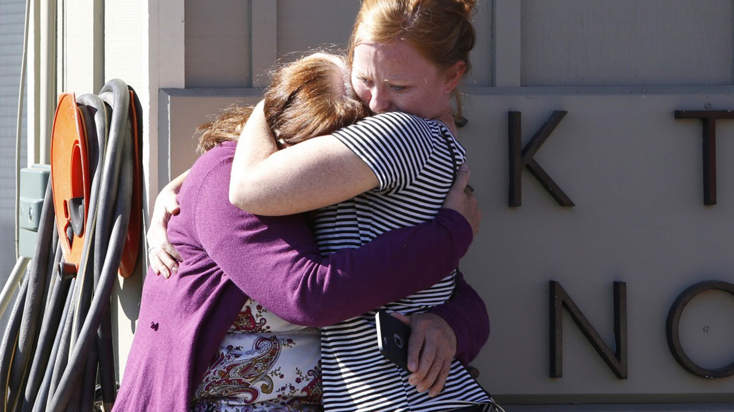 Another mass shooting has left ten people dead at a community college in Oregon. Also on the program, Russian strikes in Syria.