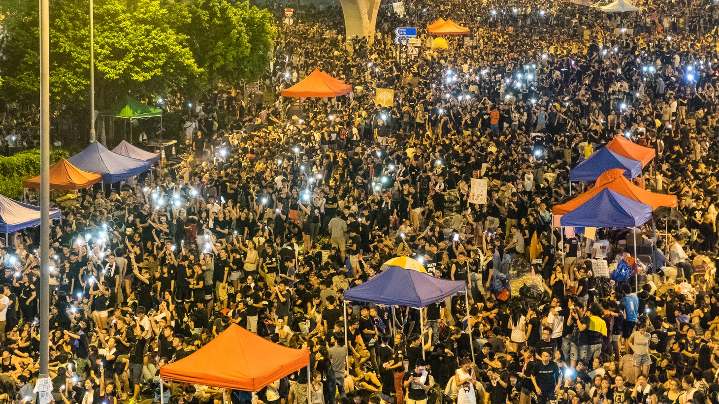The standoff in Hong Kong, the Secret Service collapses, Ebola comes to America