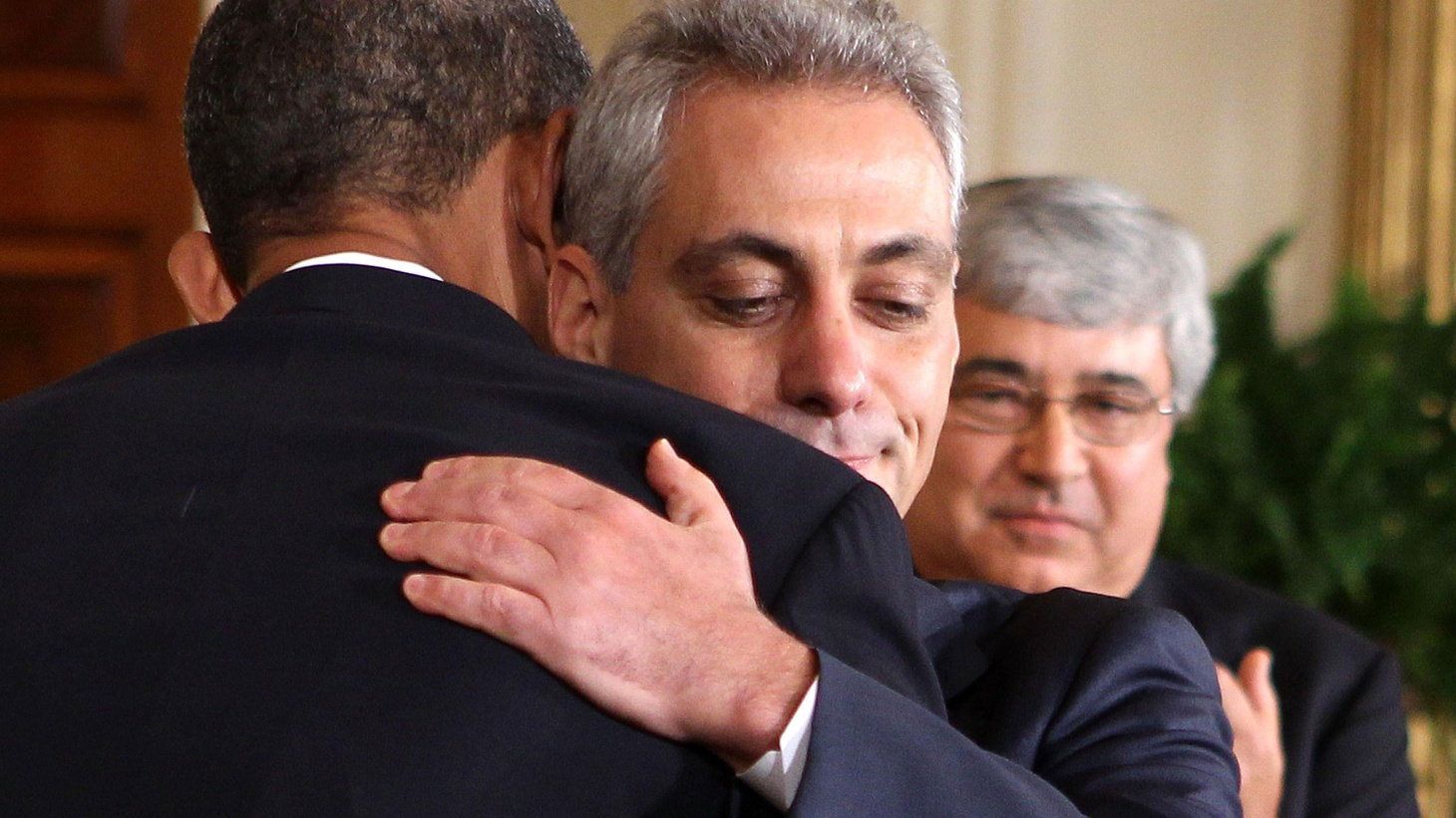 Rahm Emmanuel steps down as Chief of Staff; wants to run for Mayor of Chicago. Is this a shakeup or just normal job burnout? Is the White House in flux? With the House voting to impose import tariffs on China, will the Senate bring the issue to a vote? Then a really in-depth look at China's history and economy and a deep think look at the structural issues presently undermining our own democracy. Finally a glance at the mid-terms, the Tea Party and the Whitman-Brown face off in California.