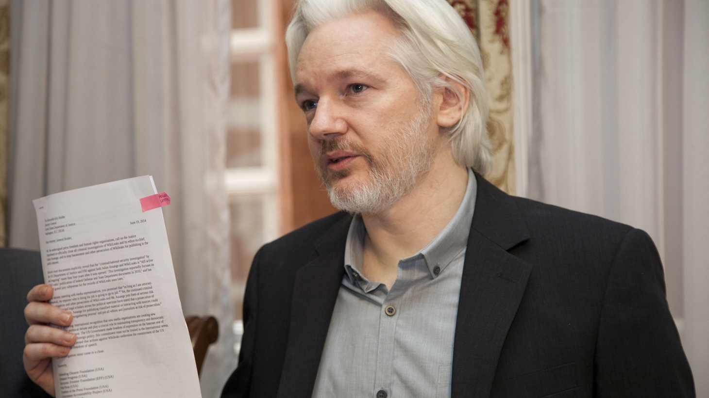 London (United Kingdom), August 18, 2014, Foreign Minister Ricardo Patiño and Julian Assange offered a press conference with the presence of international media.