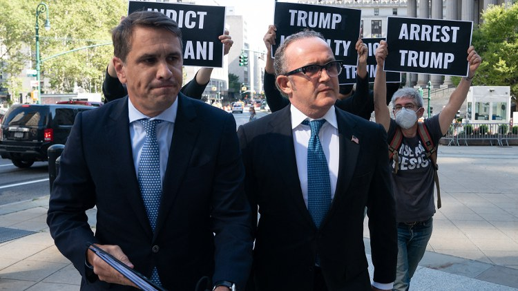 Josh Barro and Ken White talk about the fate of Rudy Giuliani associate, and why you should closely read the script before recording a Cameo.