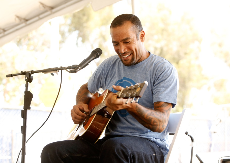 KCRW Breaks Ground with Ben Harper