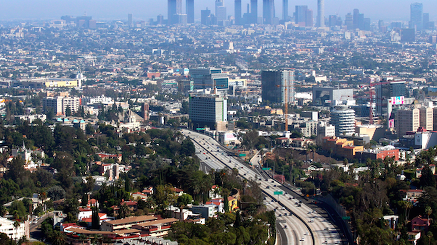 The air in Los Angeles violated federal standards for 87 days in a row this year. That hasn't happened in nearly two decades.