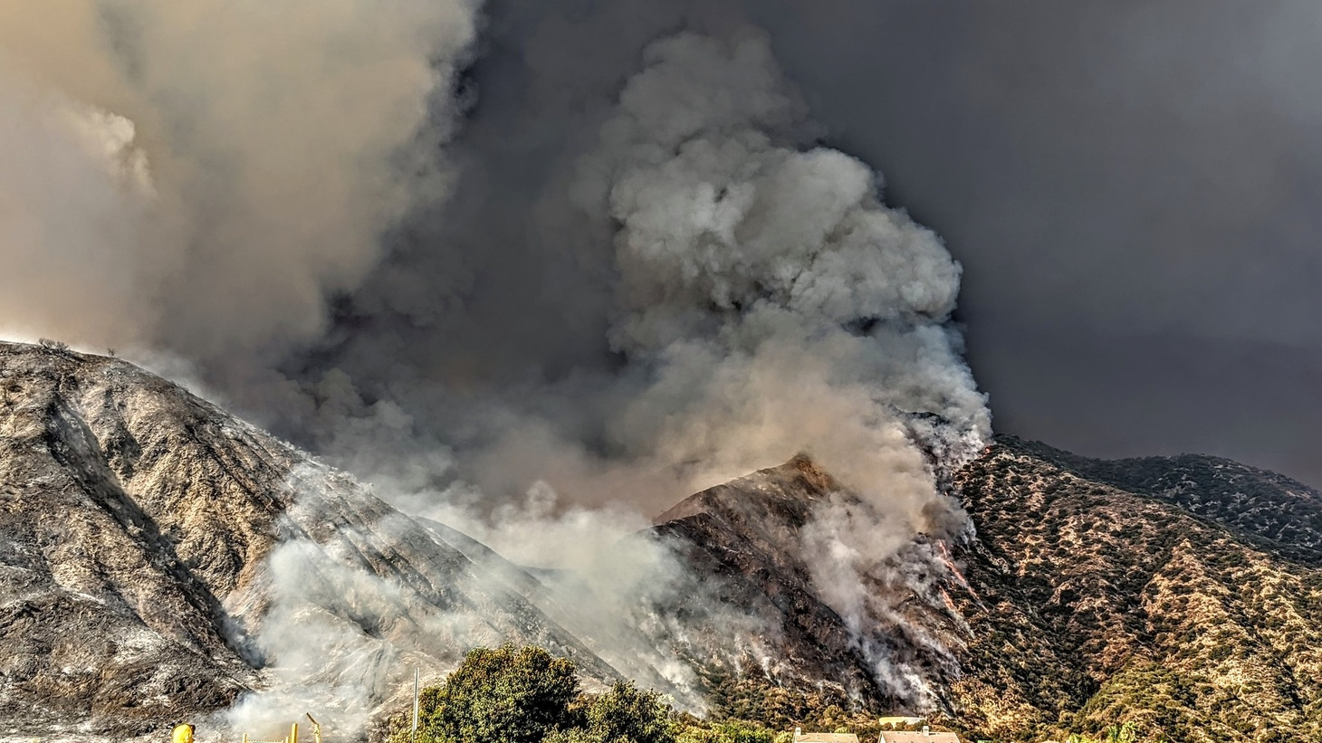 """More than 10,000 acres have burned due to a fire caused by a """"smoke-generating pyrotechnic device"""" used at a party on Saturday morning at El Dorado Ranch Park in Yucaipa, about 70 miles east of Los Angeles, Cal Fire investigators determined. 09/08/2020."""