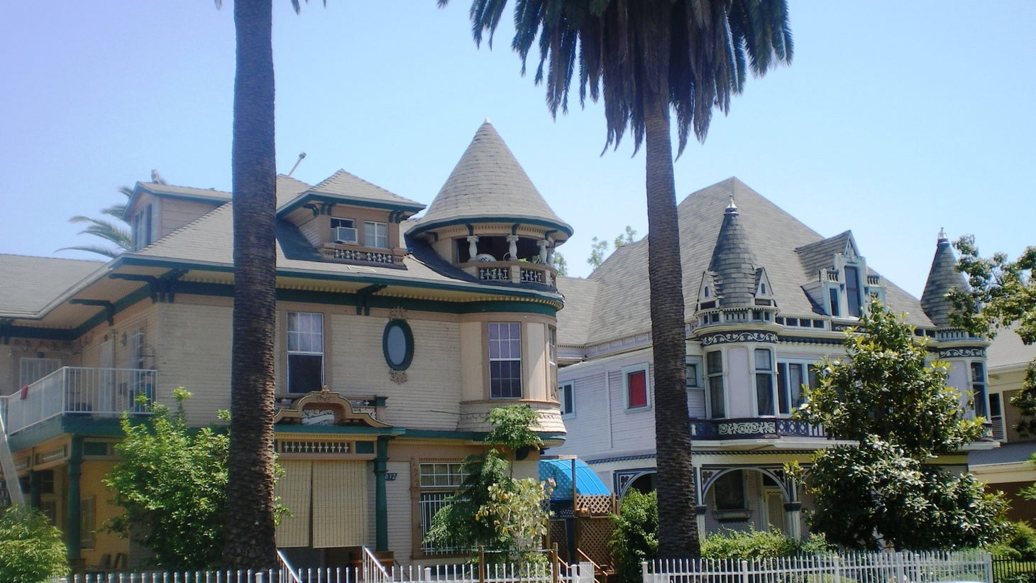 South Bonnie Brae Tract Historical District, Pico-Union district, Los Angeles, California. The 1890's Victorian Queen Anne Style houses are Los Angeles Historic-Cultural Monuments.