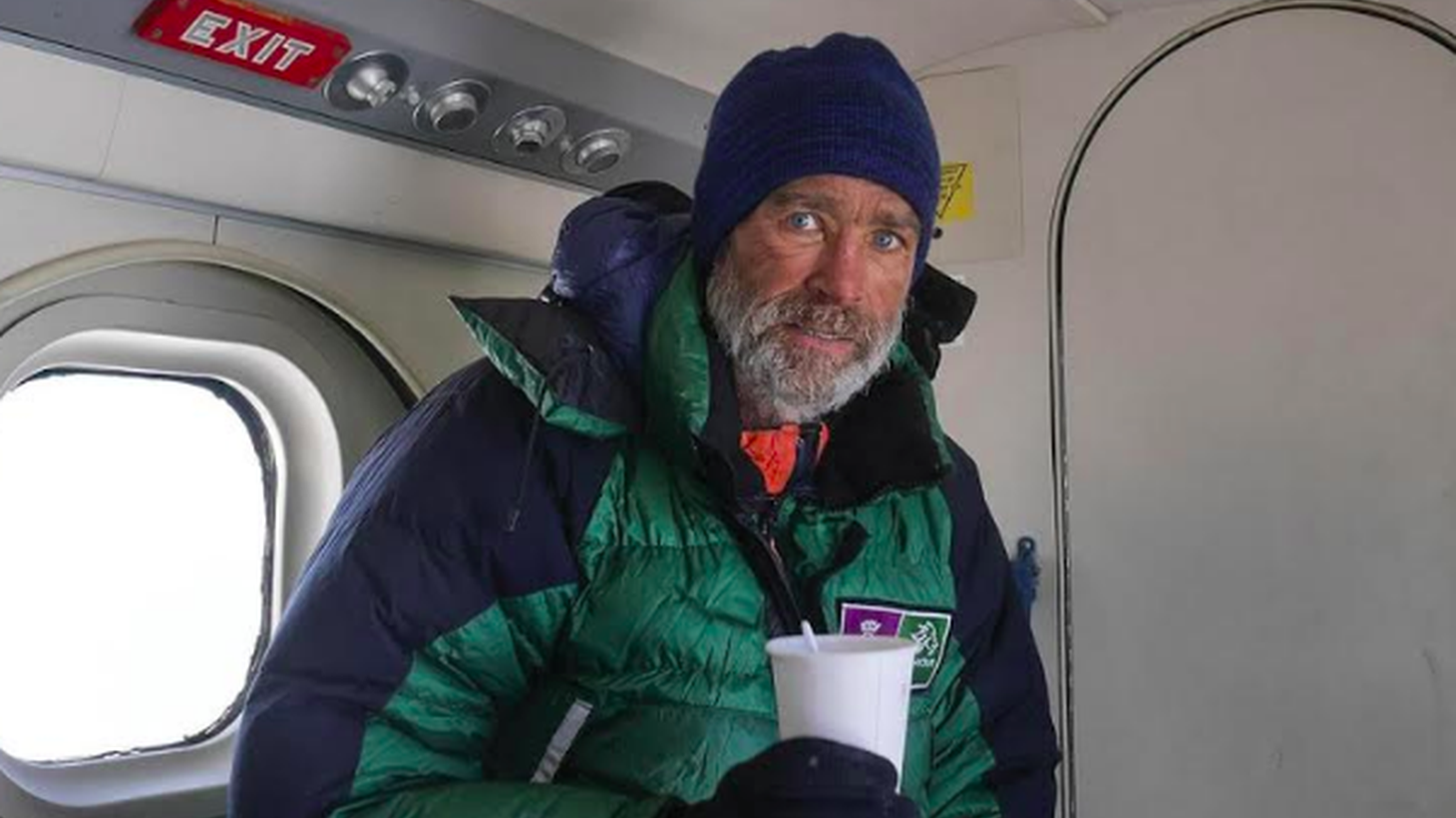 In 2015, retired British Army officer Henry Worsley tried to walk from one end of Antarctica to the other -- alone, with no support. He pulled his 325 pound sled of provisions by his waist.