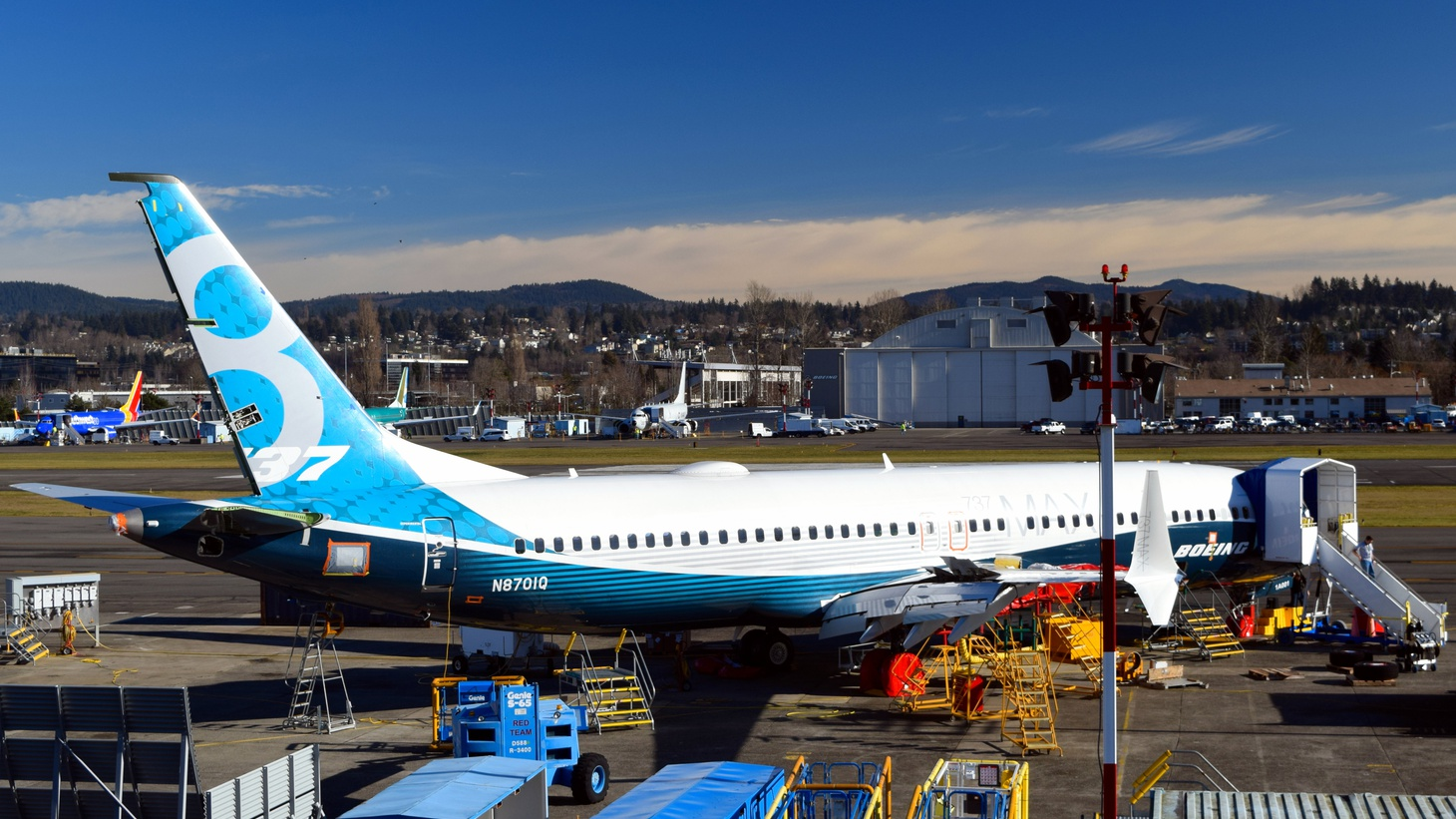 "A Boeing test version of the new 737-800 MAX. Note the ""experimental"" sticker at the top / right of the rear door."