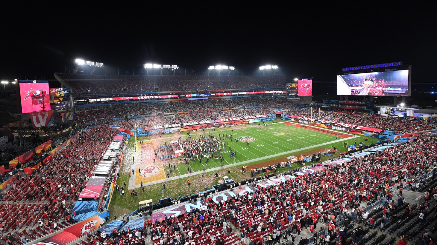 Tampa Bay Buccaneers players celebrate on the field after defeating the Kansas City Chiefs in Super Bowl LV at Raymond James Stadium. Feb 7, 2021. Tampa, FL, USA.