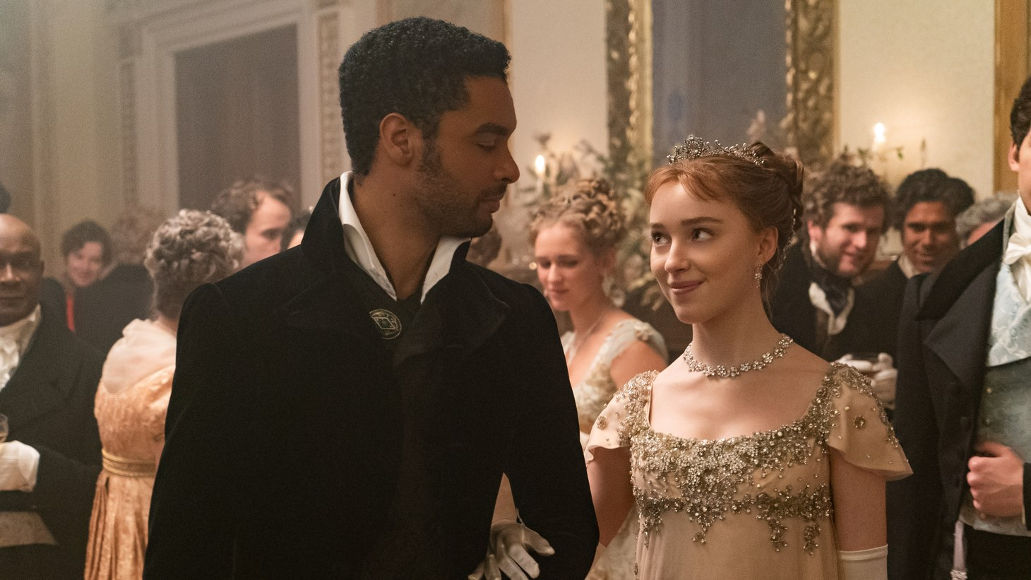 "Regé-Jean Page as Simon Basset and Phoebe Dynevor as Daphne Bridgerton in episode 102 of ""Bridgerton."""
