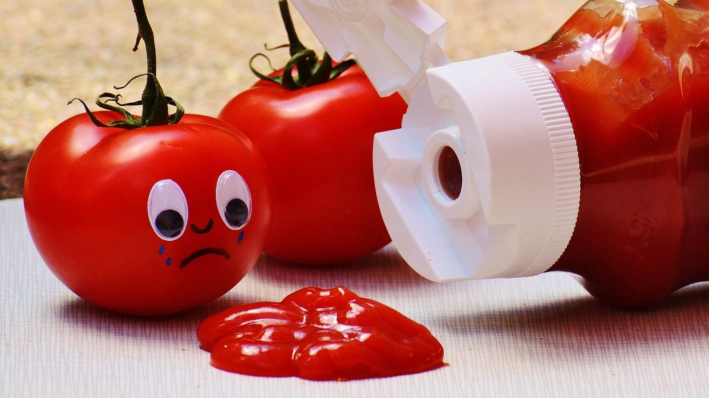 With more people ordering takeout food during the pandemic, demand is up for ketchup packets, but Heinz is struggling to produce enough supplies.