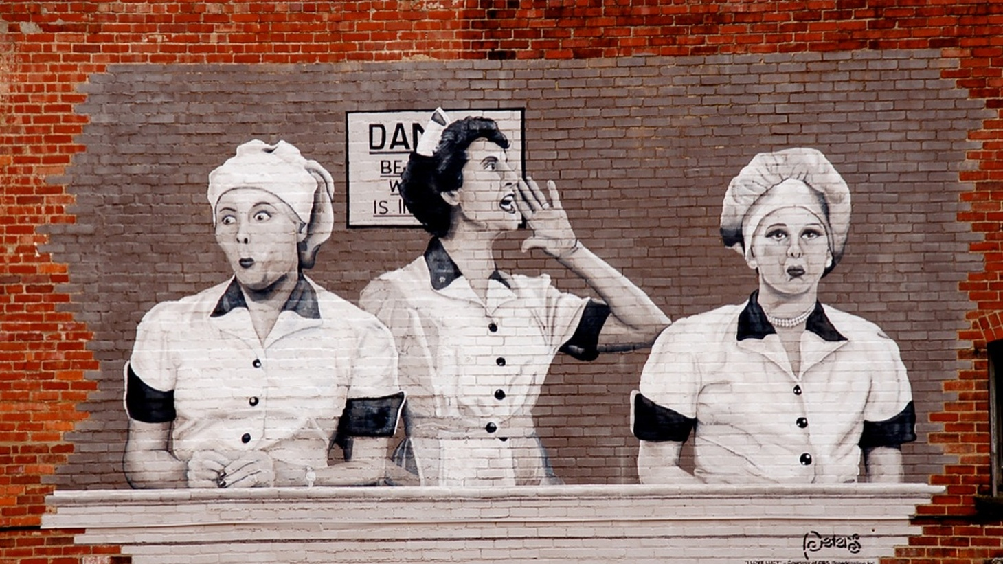 """A mural displays an iconic episode of """"I Love Lucy."""" Lucille Ball often comes up when discussing the early days of TV. But what other other leading women in the history of TV?"""