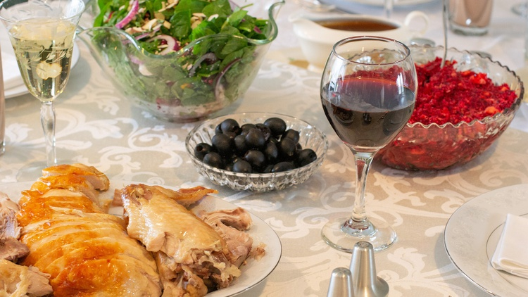Fewer people at the dinner table this year means fewer people contributing sides, desserts, and drinks to the holiday feast.
