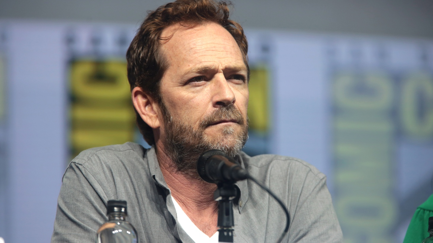 """Luke Perry speaking at 2018 San Diego Comic Con International, for """"Riverdale,"""" at the San Diego Convention Center in California."""