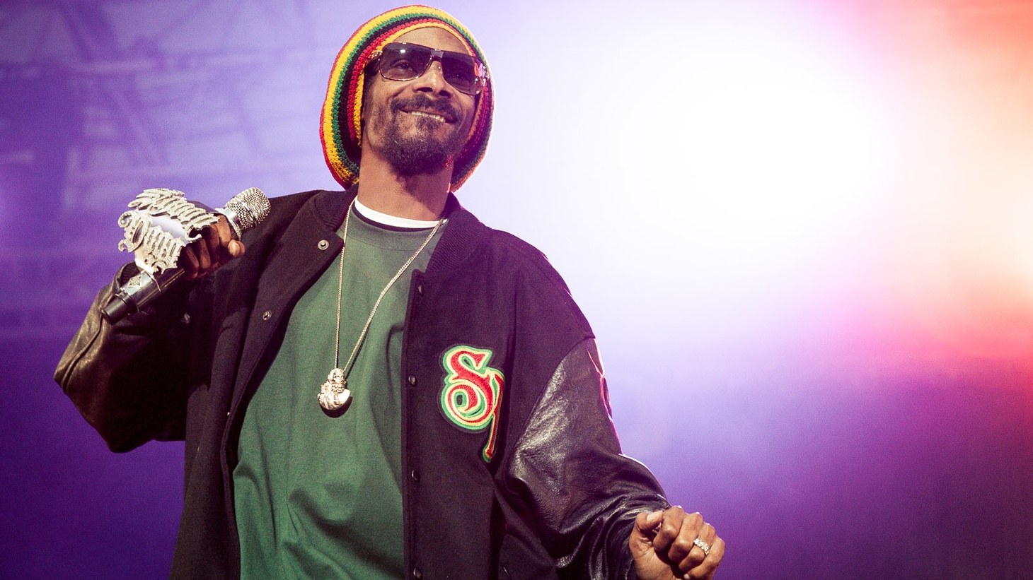 The app Cameo allows people to buy greetings from celebrities such as Snoop Dogg — for a fee.