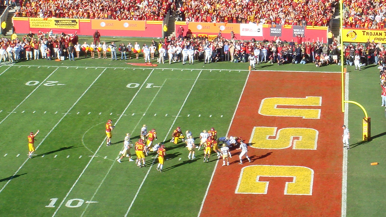 Joe McKnight (fallen in end-zone) scores the first touchdown of the 2007 UCLA-USC rivalry game.