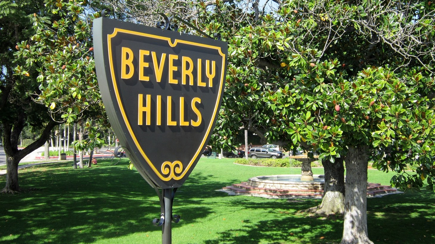 Trump's fundraiser tonight is held at Geoffrey Palmer's home in Beverly Hills.
