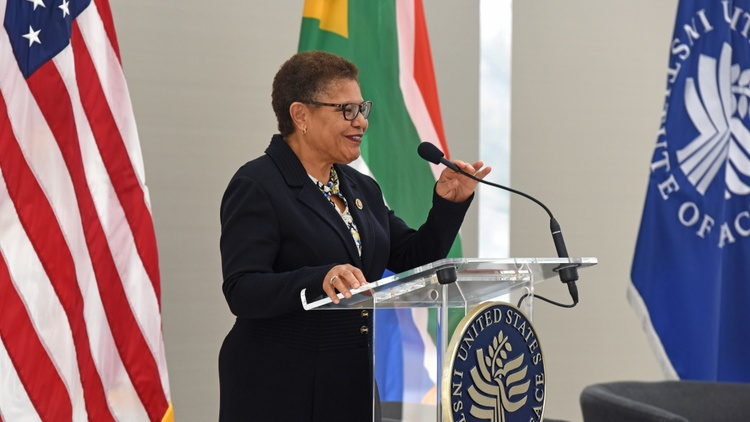 LA Congresswoman Karen Bass for VP?