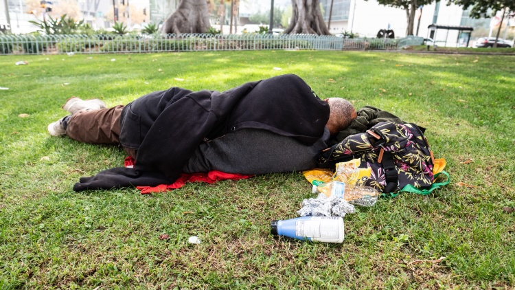 This morning the Supreme Court let stand (without comment) a lower court ruling that protects the right of homeless people to sleep on sidewalks or in parks.