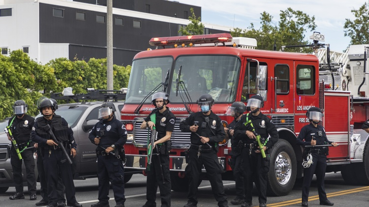 LAPD budget cuts, plus photographing protests 28 years apart