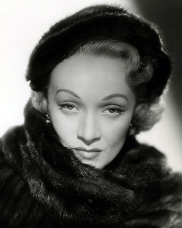 Publicity photo of Marlene Dietrich for the film No Highway in the Sky also known as No Highway (1951).
