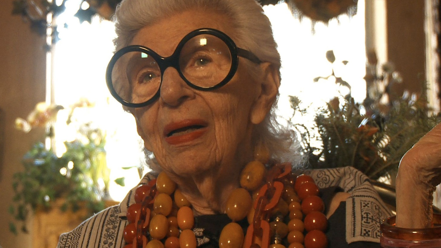 """The new documentary Iris paints a portrait of 93-year-old fashion maven Iris Apfel. It's a film about an icon, made by another icon, Albert Maysles. It's also one of his last films; Maysles died on March 5th at the age of 88. Albert and his brother David, who died in 1987, were documentary legends known for their """"fly on the wall"""" style."""