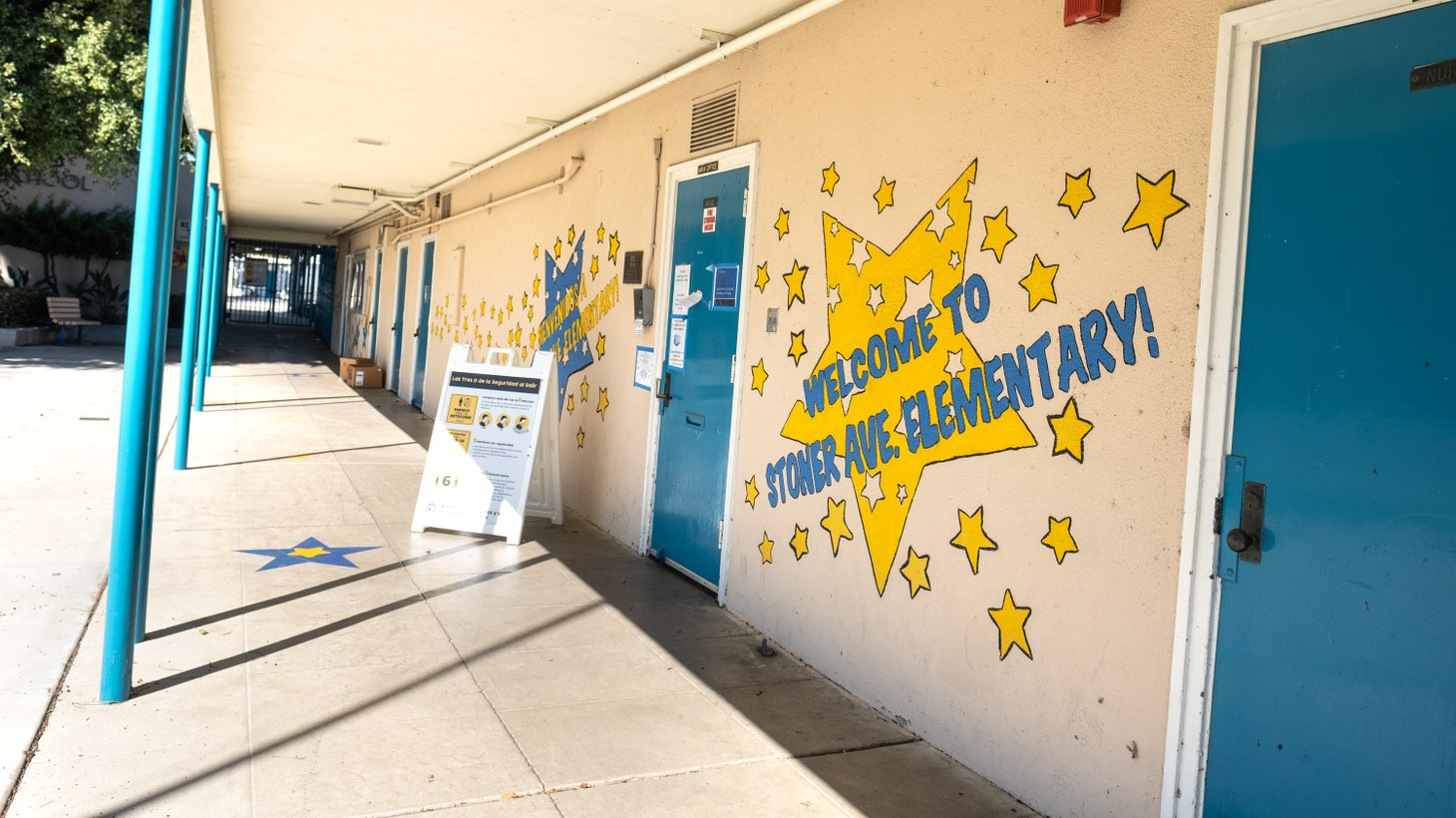 Stoner Elementary School in Culver City is currently closed, with a coronavirus safety sign sitting outside. March 1, 2021.