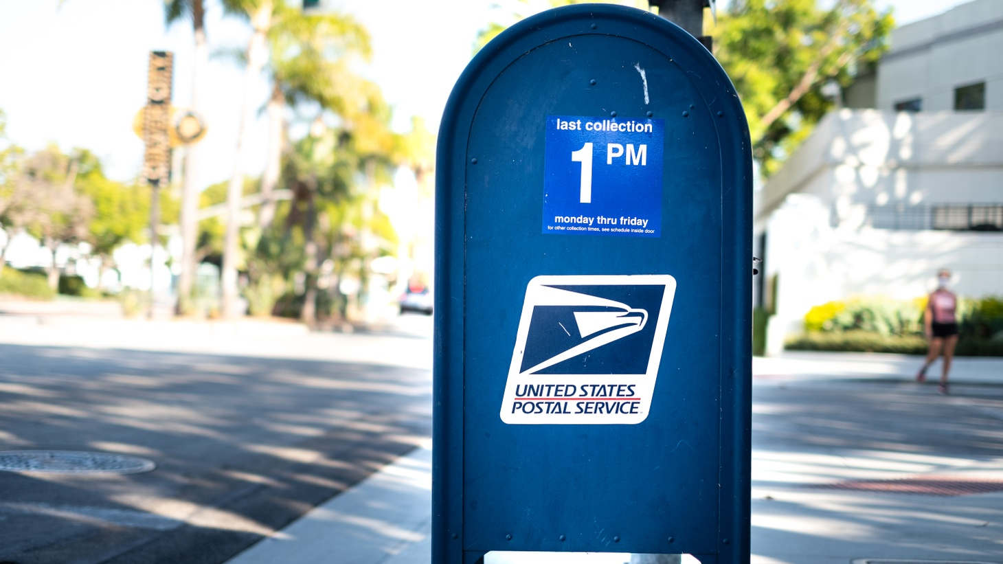 The United States' new postmaster general, Louis DeJoy, pledged that he and the postal service will do everything in their power to get the November ballots out, says Politico White House reporter Anita Kumar.