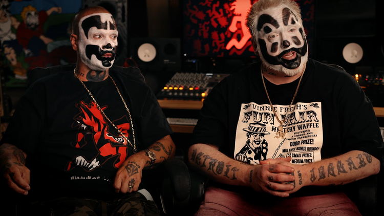 """Insane Clown Posse, the music group that wears black and white clown makeup, calls itself """" the world's most hated band ."""""""