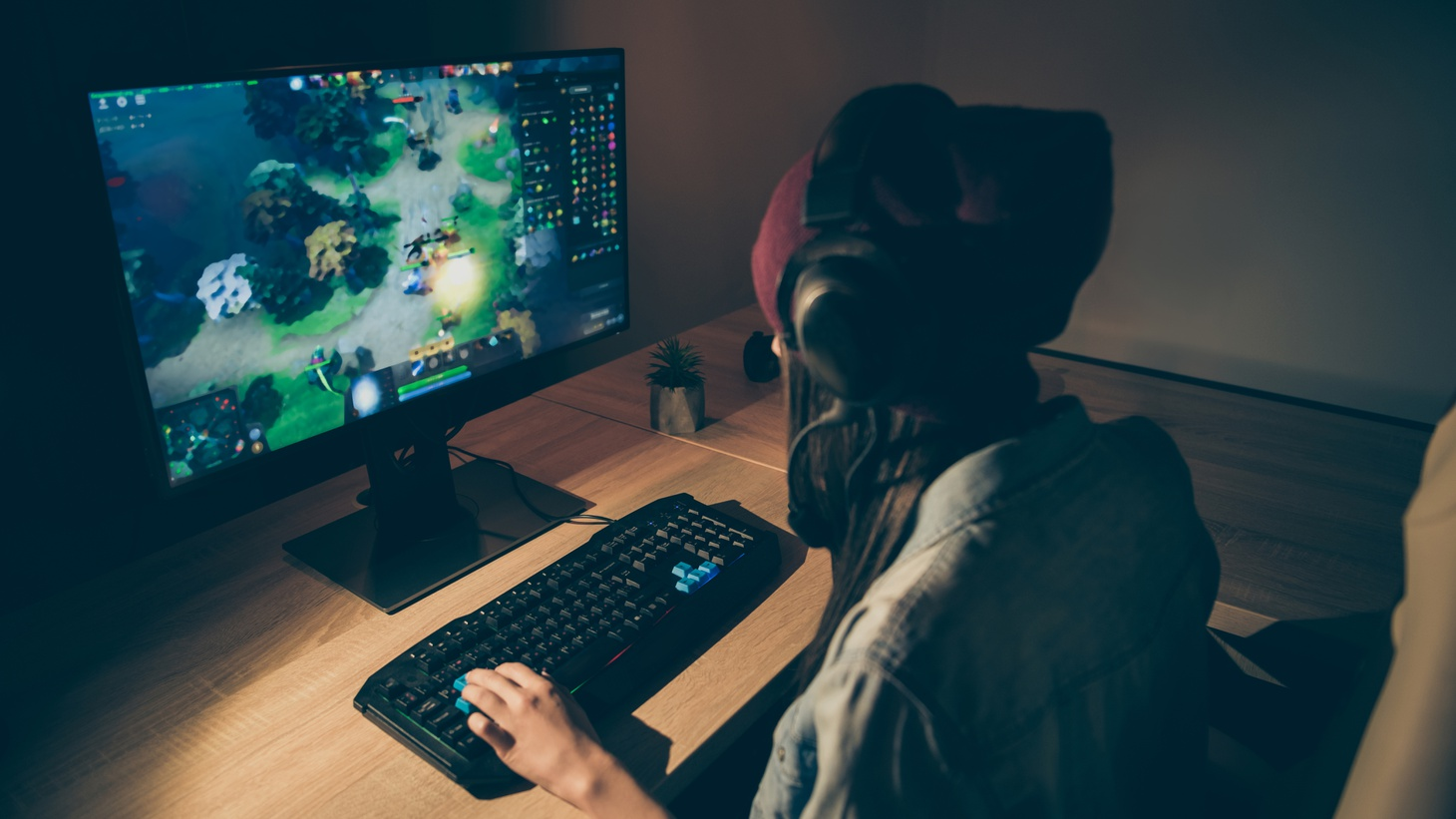 Some California universities are allowing students to earn school credit for playing video games.