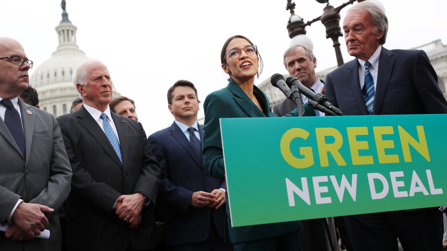 """U.S. Representative Alexandria Ocasio-Cortez (D-NY) and Senator Ed Markey (D-MA) hold a news conference for their proposed """"Green New Deal"""" to achieve net-zero greenhouse gas emissions in 10 years, at the U.S. Capitol in Washington, U.S. February 7, 2019."""
