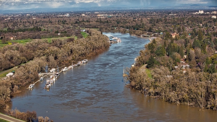 In California, 30 million people could be without drinking water under a doomsday scenario that envisions the breaching of the levees surrounding the Sacramento–San Joaquin River…