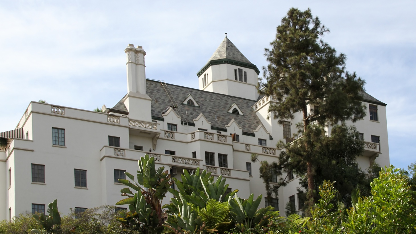 The Chateau Marmont opened in 1929 as an apartment building. Then it was converted into hotel rooms for celebrities.