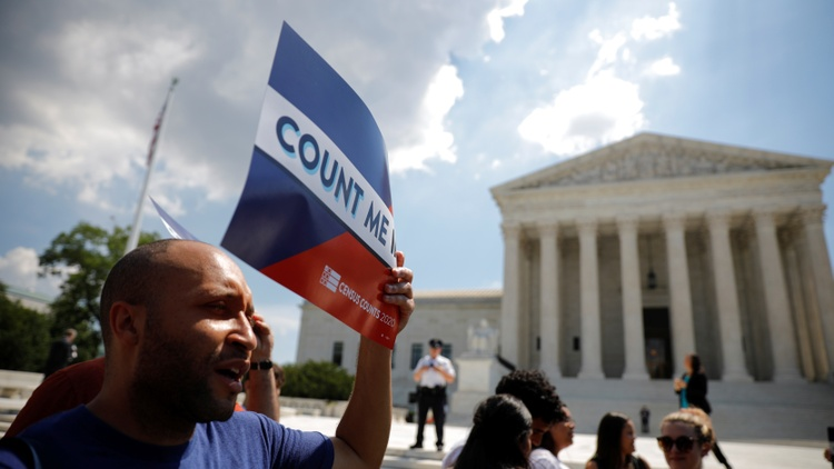 In a 5-4 decision along partisan lines, the Supreme Court justices said the Constitution does not bar political gerrymandering.