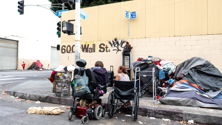 Los  Angeles has more people living on the streets than any other city.