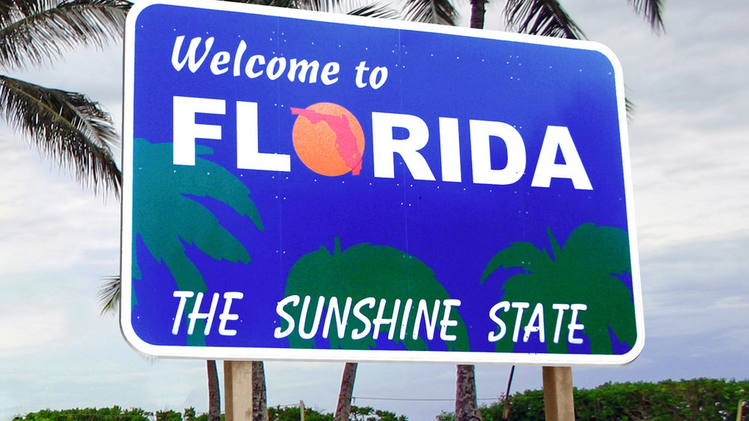 Florida has been a central focus for presidential campaigns ever since it put George W. Bush in the White House with a margin of 537 votes. Donald Trump, Hillary Clinton and their surrogates have been crisscrossing the state in the last few days. Also, researchers have debunked a widely-cited study that says correcting someone with facts reinforces their erroneous belief.