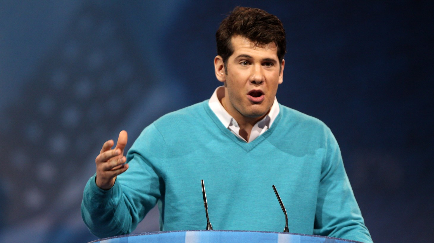 Steven Crowder speaking at the 2013 Conservative Political Action Conference (CPAC) in National Harbor, Maryland.