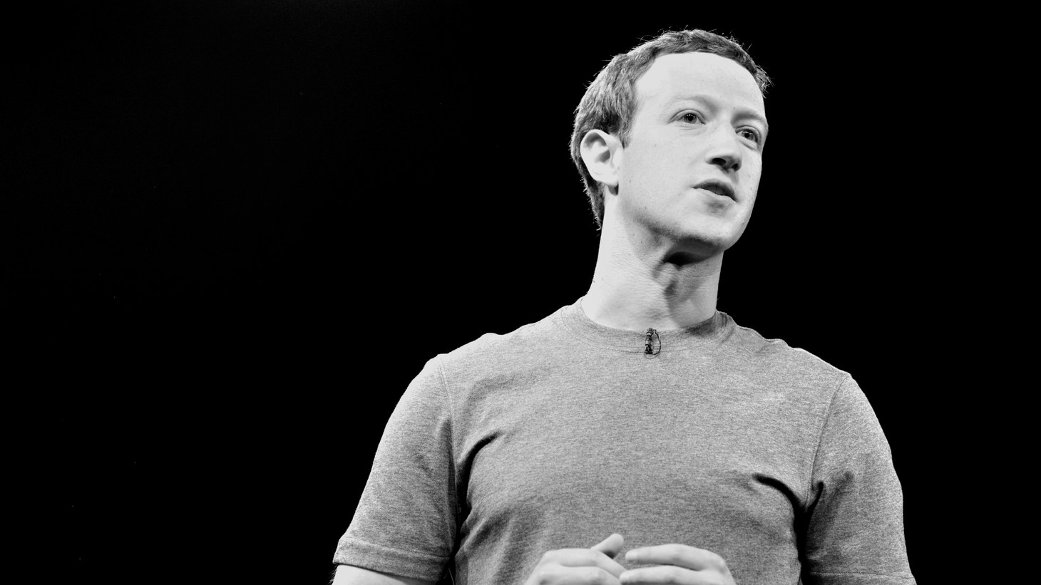 Mark Zuckerberg has committed himself to centrism, rather than steer his company toward his generally liberal employees or the more conservative Facebook users.