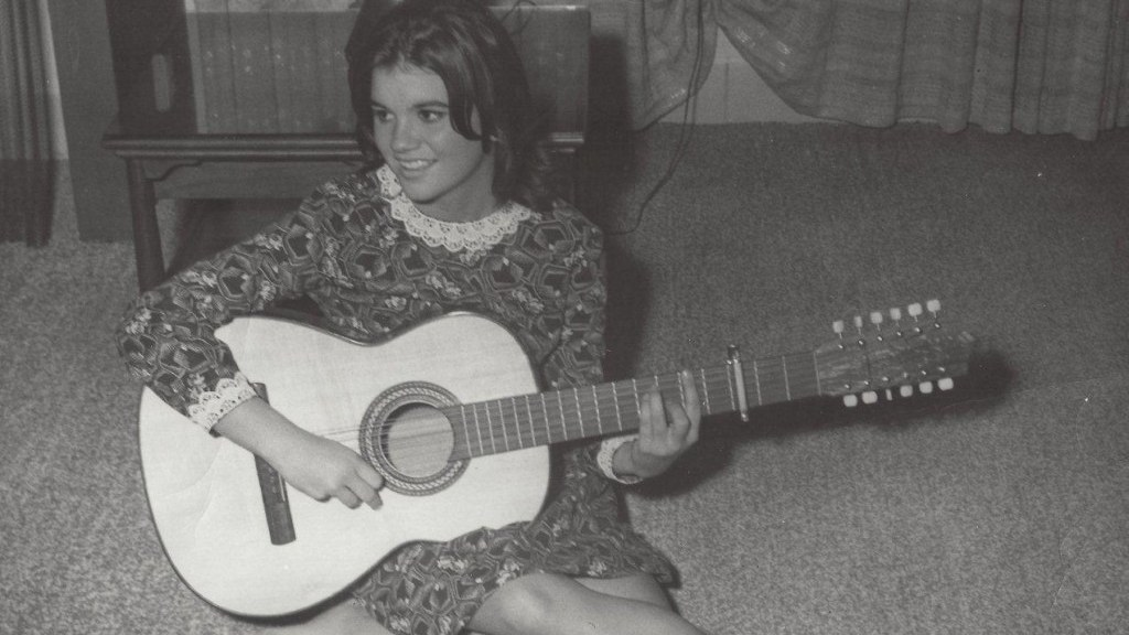 """Linda Ronstadt with a guitar in """"Linda Ronstadt: The Sound of My Voice."""""""