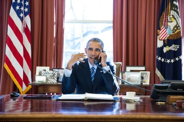 ObamaFOREIGN-PeteSouzaWH.jpg
