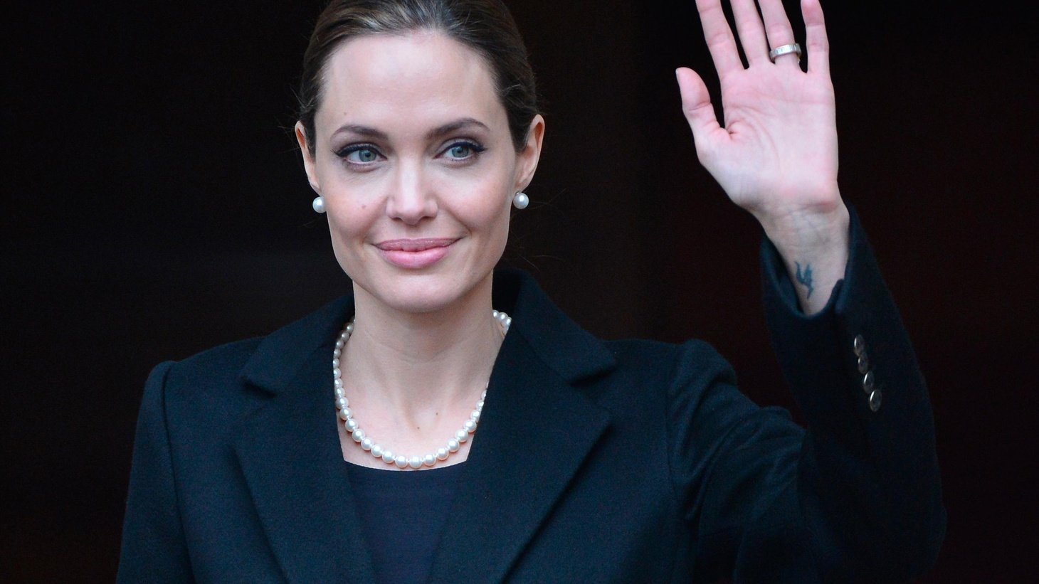 Angelina Jolie Tits angelina jolie and the 'breast cancer gene' | to the point