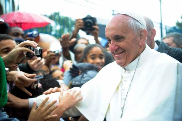 PopeFrancis-TâniaRêgo.jpg