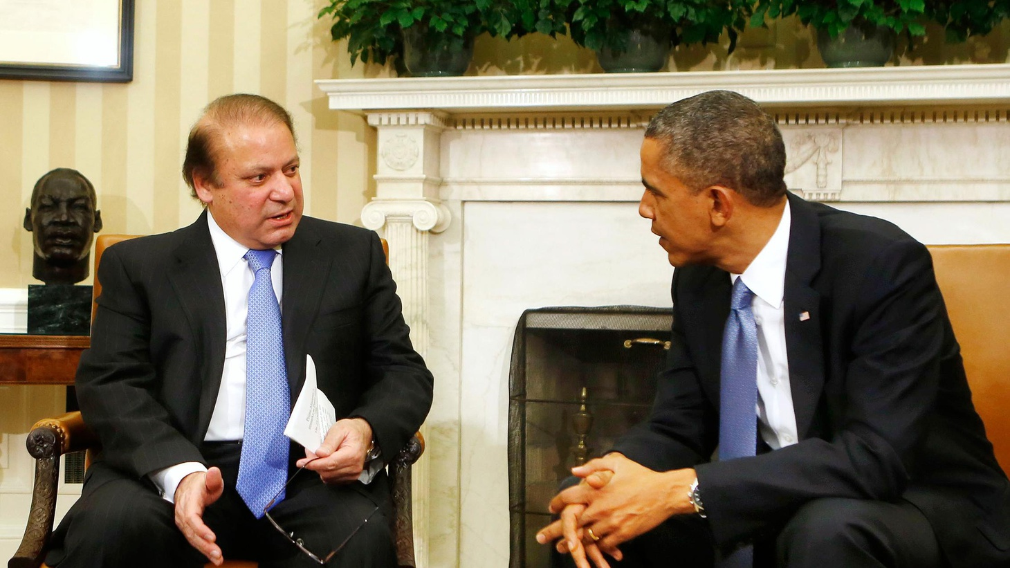 President Obama and Pakistan's new Prime Minister met yesterday in hopes of strengthening an alliance complicated by nuclear weapons, terrorism and a lack of mutual trust.