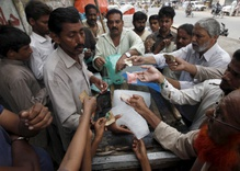 Pakistan Heat Wave Claims 800 Lives