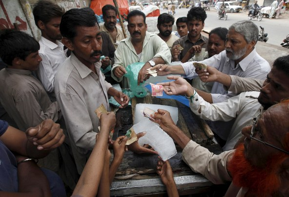 tp150624Pakistan_Heat_Wave_K.jpg
